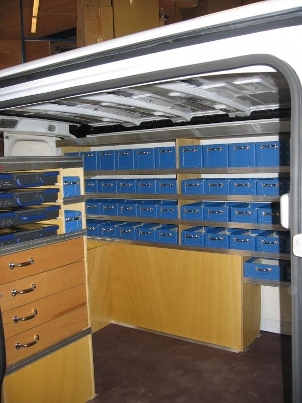 opel-vivaro-elektriker-bilindretning-varerum