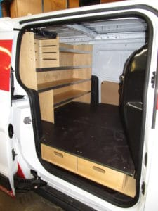 Tvaerreol-i-bag-til-mindre-varevogn-4-225x300